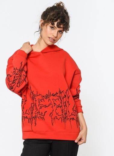 Loves You Baskı Detaylı Şardonlu Sweatshirt Kırmızı